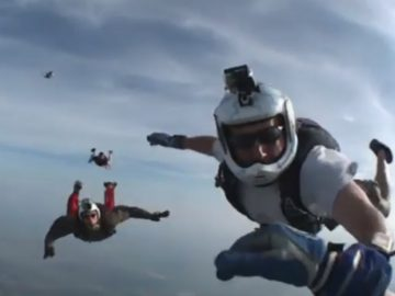 Dramatic-moment-unconscious-skydiver-rescued