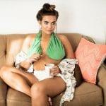 breasts-bra-helps-avoid-sweating-ta-ta-towel-4-59841cfcae96e__700
